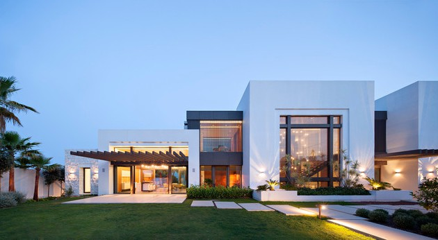 20-Unbelievably-Beautiful-Contemporary-Home-Exterior-Designs-Part-2-12-630x346