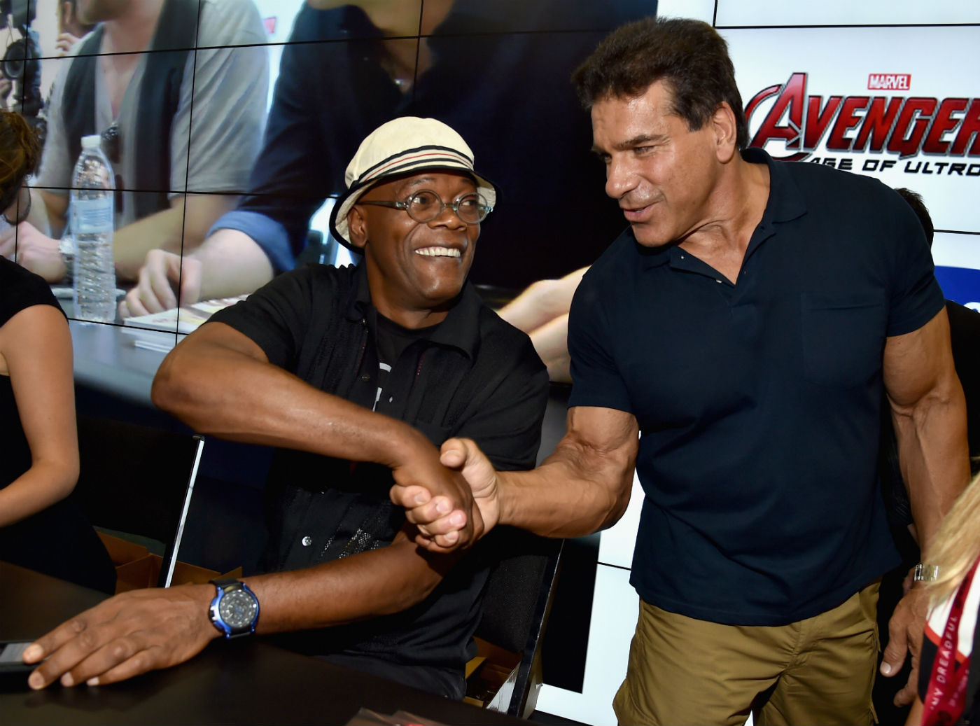 SDCC-2014-Avengers-Signing-Samuel-L.-Jackson-and-Lou-Ferrigno