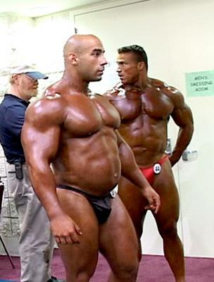 bulging-bodybuilder