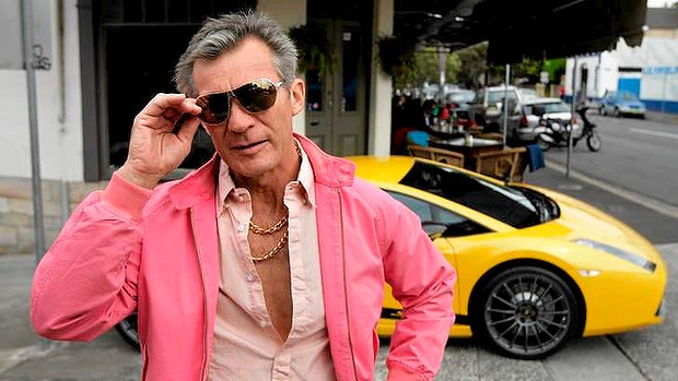 What age is midlife crisis for a man
